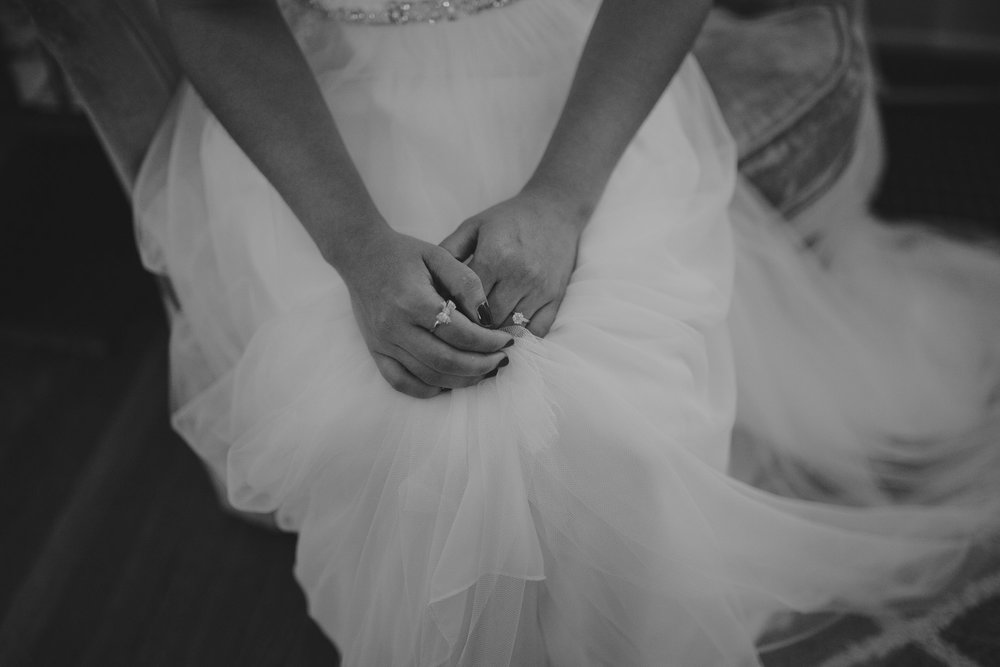 champaign_il_pear_tree_wedding_photography-0016