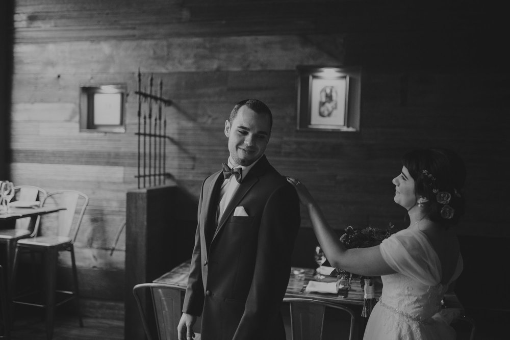 champaign_il_pear_tree_wedding_photography-0027
