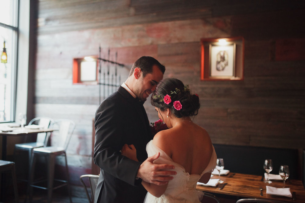 champaign_il_pear_tree_wedding_photography-0030
