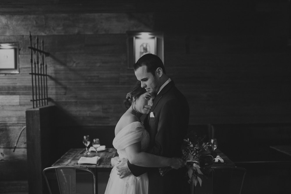 champaign_il_pear_tree_wedding_photography-0067