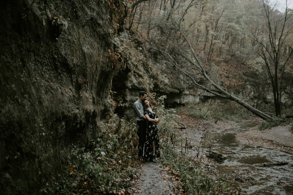 starved_rock_chicago_engagement_wright_photographs_shyla-0030.jpg