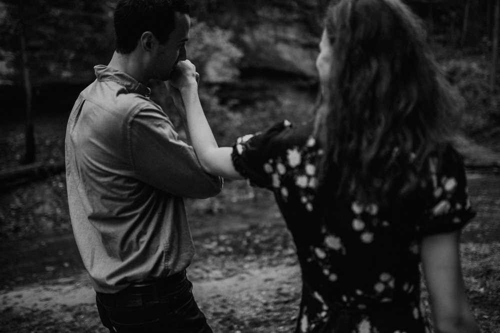 starved_rock_chicago_engagement_wright_photographs_shyla-0056.jpg