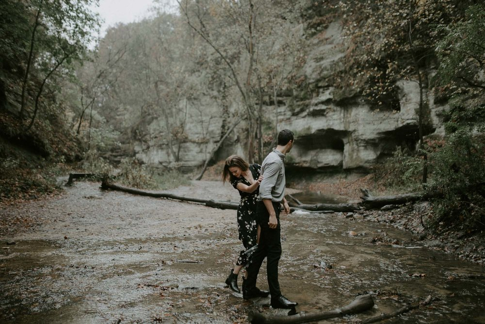 starved_rock_chicago_engagement_wright_photographs_shyla-0061.jpg