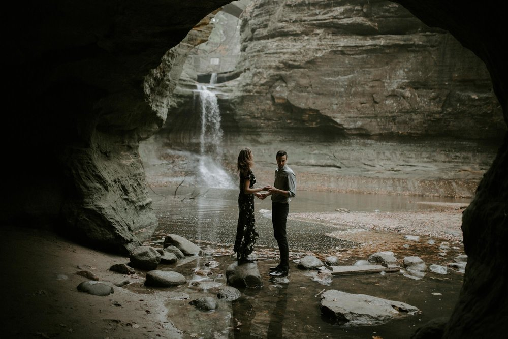 starved_rock_chicago_engagement_wright_photographs_shyla-0126.jpg