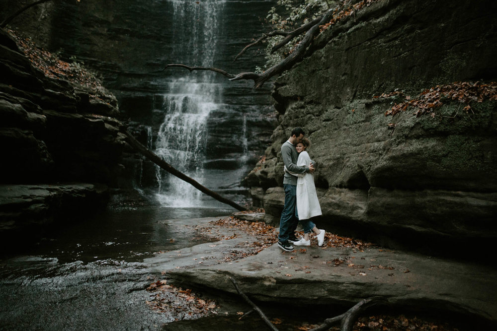starved_rock_chicago_engagement_wright_photographs_shyla-0259.jpg