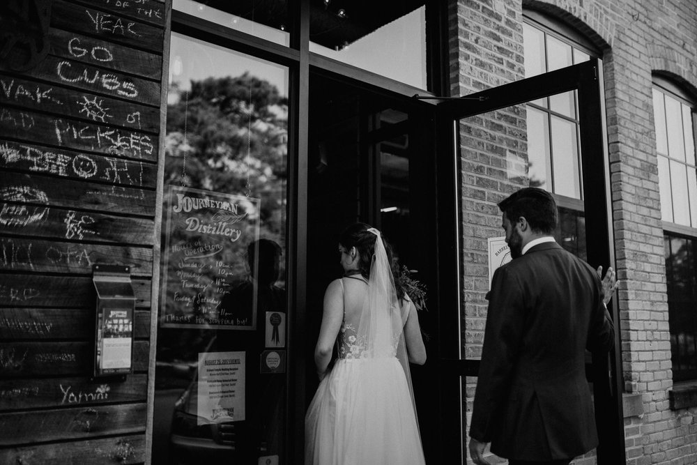 journeyman_distillery_wedding_photographer_chicago_il_wright_photographs-4083.jpg
