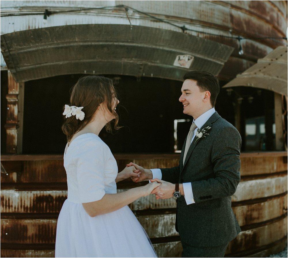 willow_creek_farm_champaign_wedding_wright_photographs_street_0577.JPG