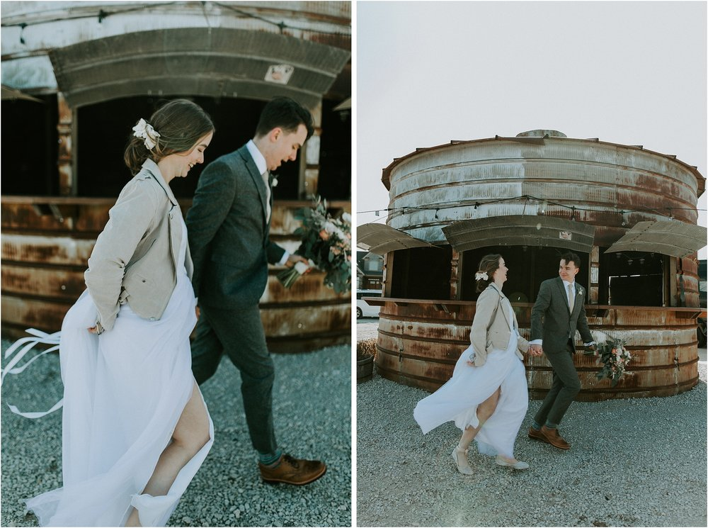 willow_creek_farm_champaign_wedding_wright_photographs_street_0601.jpg