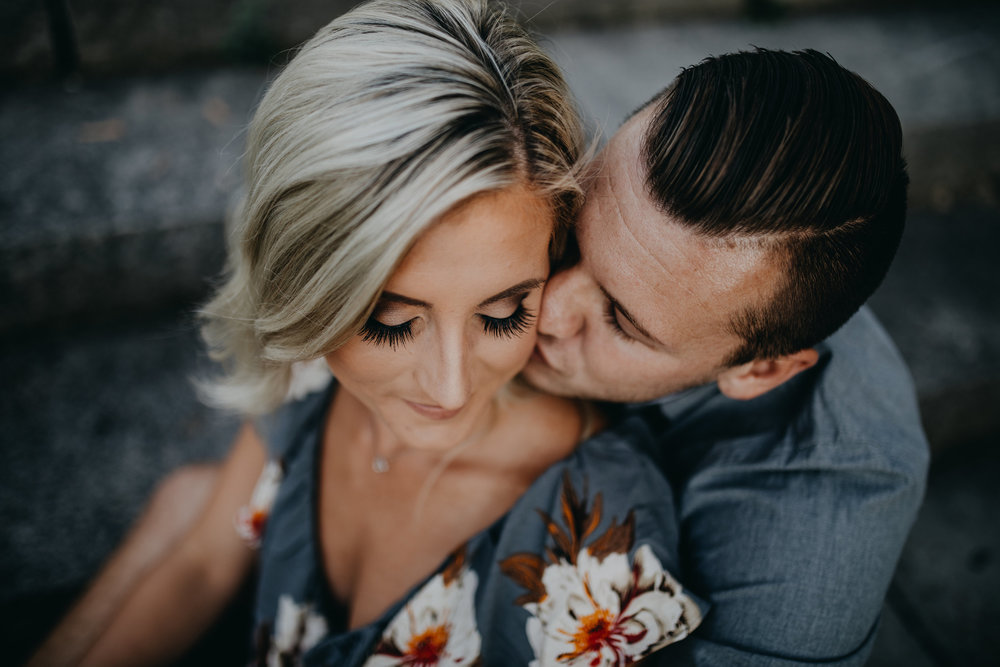 Couples - $285 for 60 min$345 for 90 min    Includes a CD with the edited images and copyright release for printing. There is no set number of photos but typically there are 70-100 photos on a CD.Click to book today!