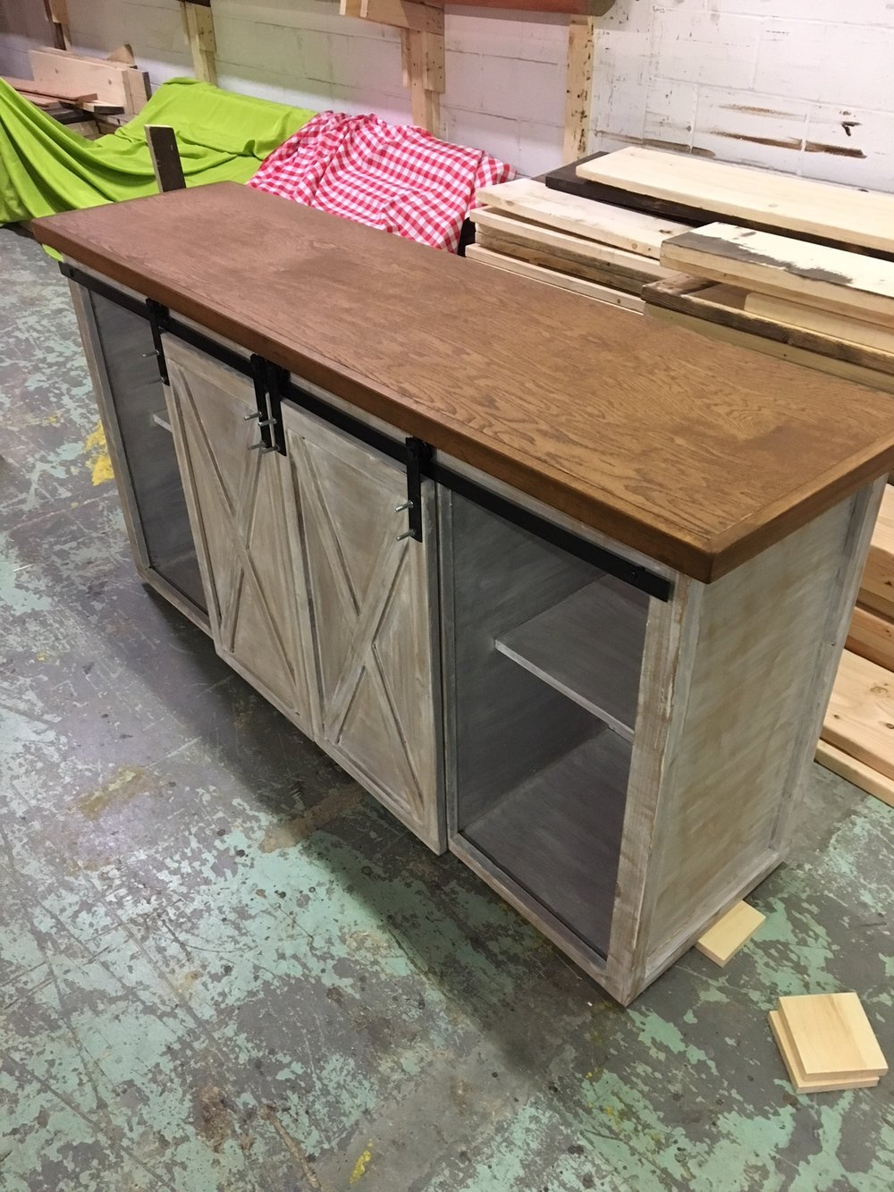 2tone barn door buffet.JPG