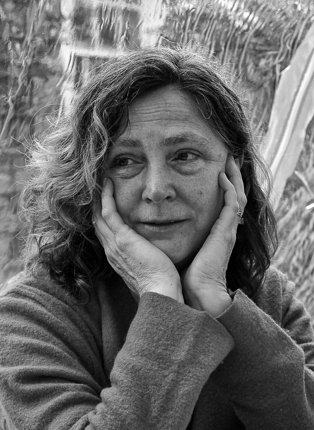 Susan Nares