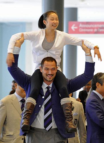 Resa Mishina and olympic athlete Koji Murofushi