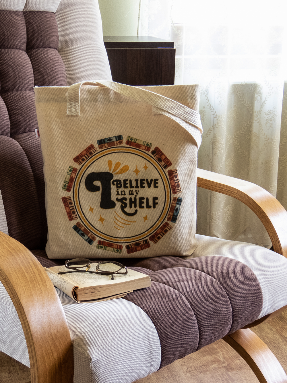 shelf believe tote bag.png