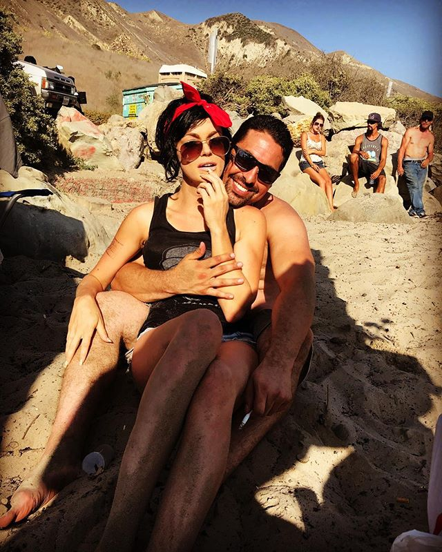 Im a lucky man.. I found Angelina Jolies Cousin at the beach! ❤️ @carolinemarie333 #beachlife #santabarbara #summer2018 #mygirl #gorgeous #beautifulday #breathtaking #oceanbreeze #goodvibesonly #lovely #westcoast #cali