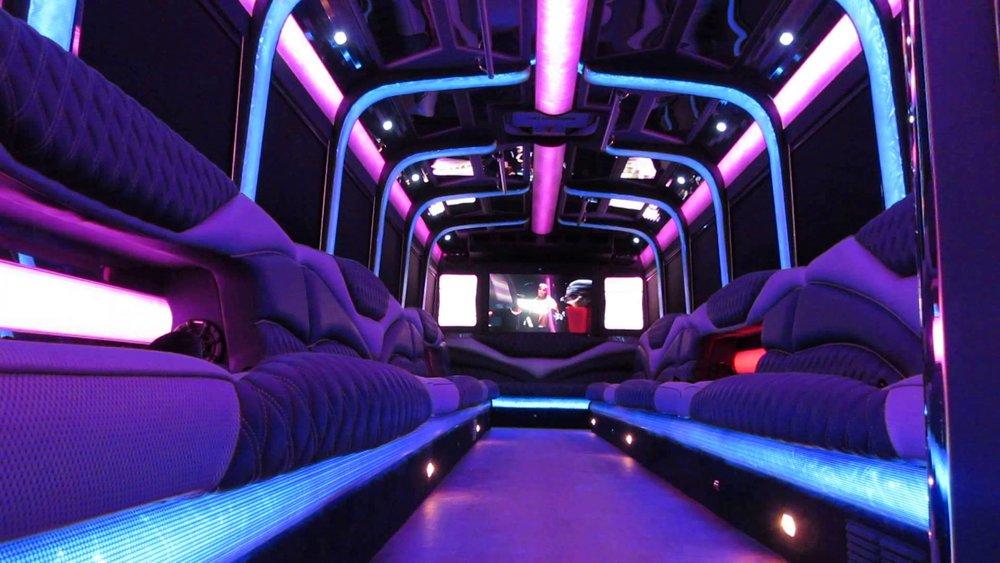 Party Bus - Easy Bar.jpg