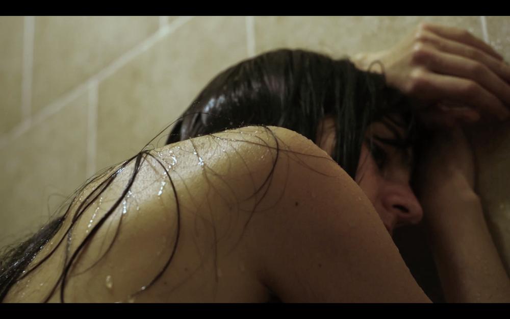 photographie extraite du film  November  -2017