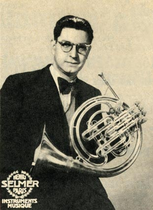 Cor solo (principal horn) of the Opéra Paris Lucien Thévet (1914–2007)in an 1955 advert for Henri Selmer
