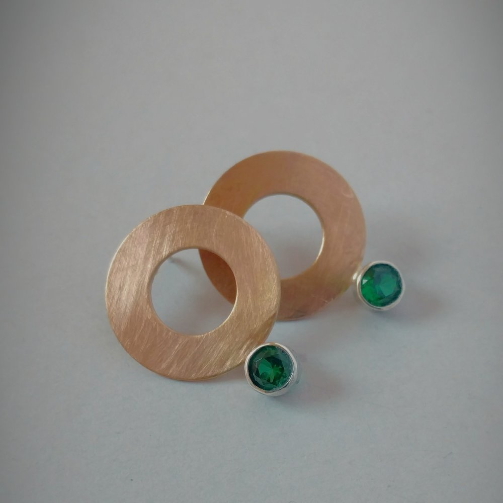 Brushed gold filled discs with emeralds