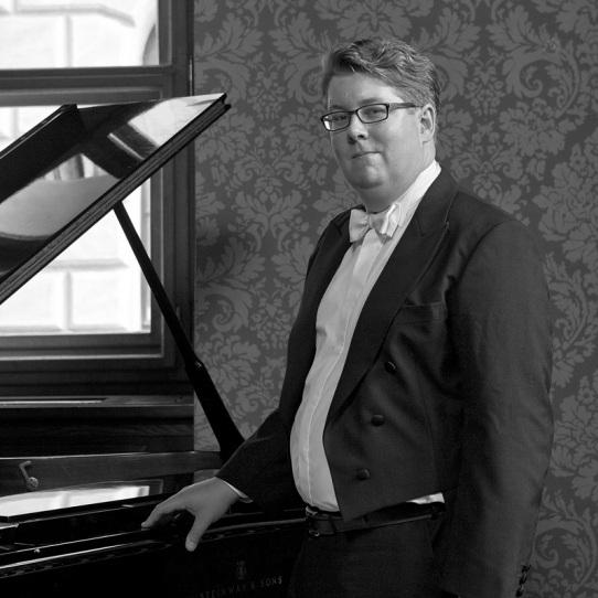 VÁCLAV MÁCHA    PIANIST   Česká filharmonie