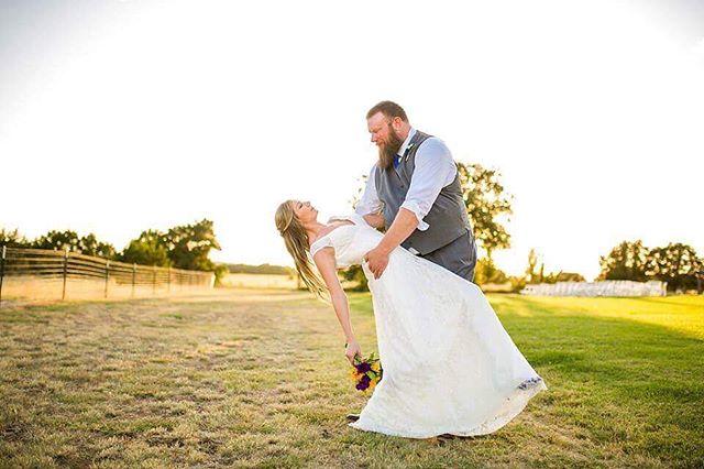 What a fun wedding this was!! . . . . . . . . #weddingvenue #crickethillranch #weddingday #flowers #wedding #lovemylife #bride #groom #mrandmrs #drippingspringswedding #texas #hillcountryweddings