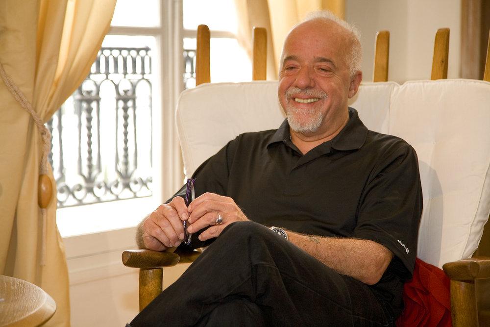 Paulo Coelho 4.jpg