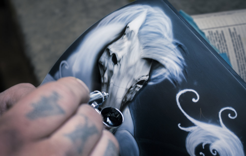 Tim Feher airbrushing at Sketchs Ink | photo by Jeremy Constantineau