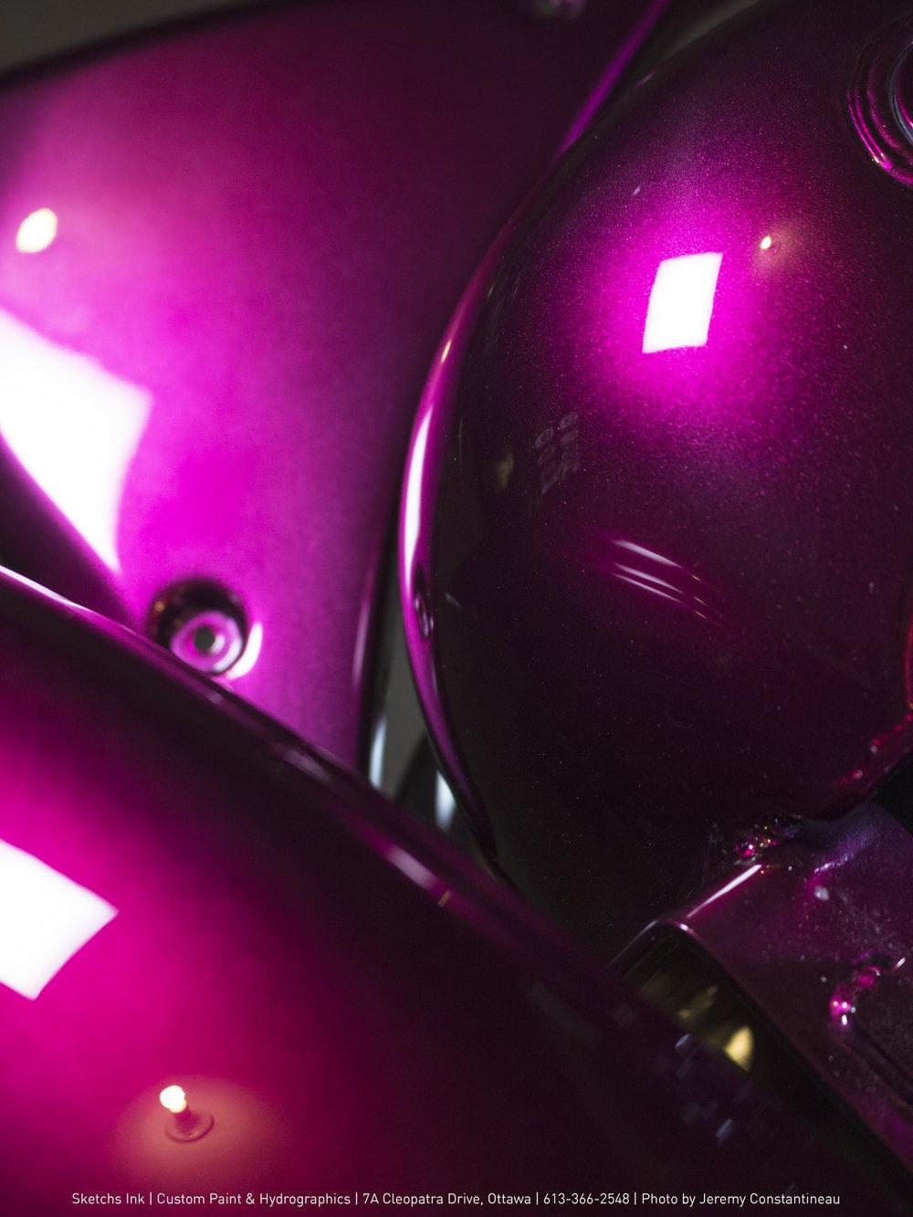 Custom pearl purple Harley-Davidson Dyna Sketchs Ink