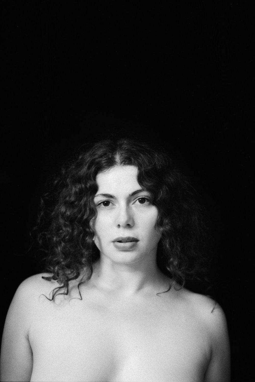 retouche_20-Romy portrait final-light-ret - copie.JPG