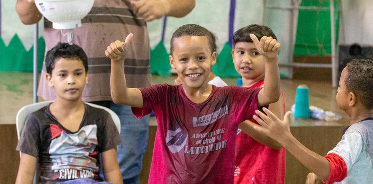 Dia das crianças na Comunidade do Moinho