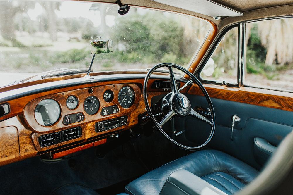 1965-Rolls-Royce-Silver-Cloud-Sedan-E.JPG