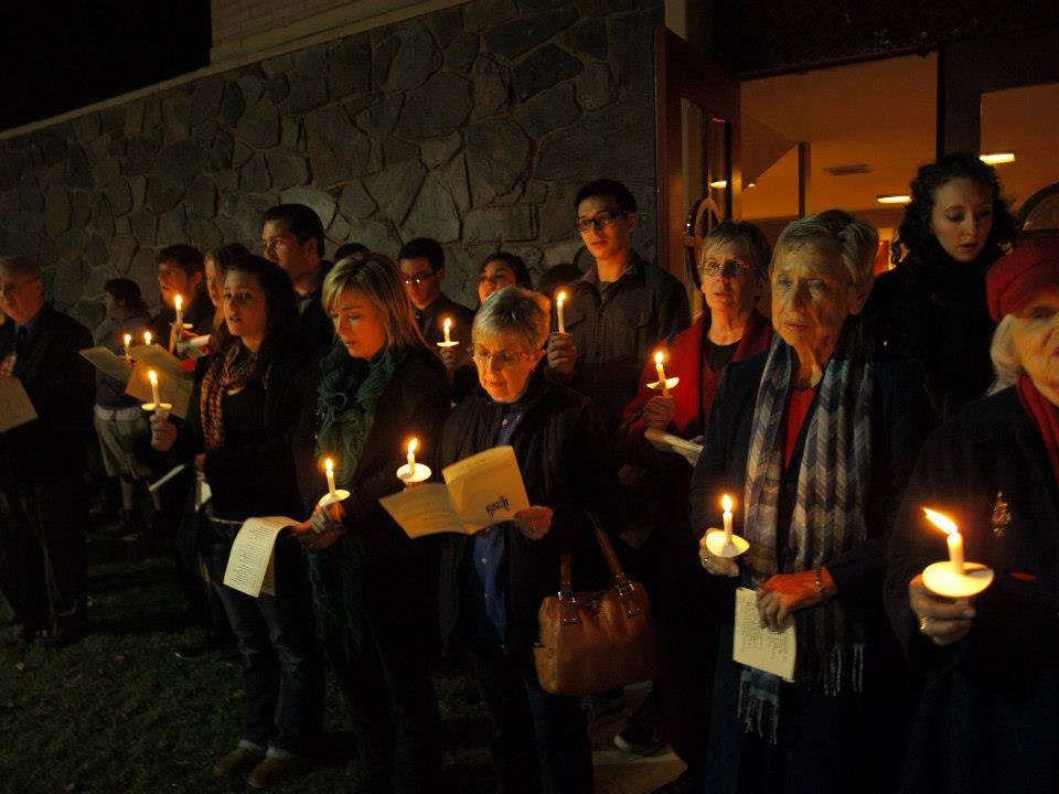 claremont-presbyterian-church-holiday-candelight-singing.jpg