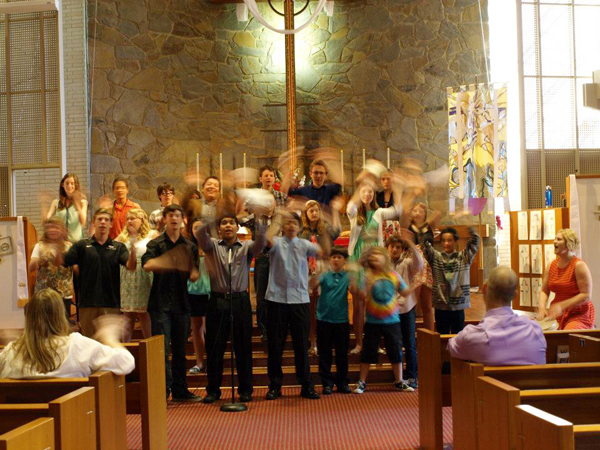 Claremont-Presbyterian-Church-youth-service-music.jpg