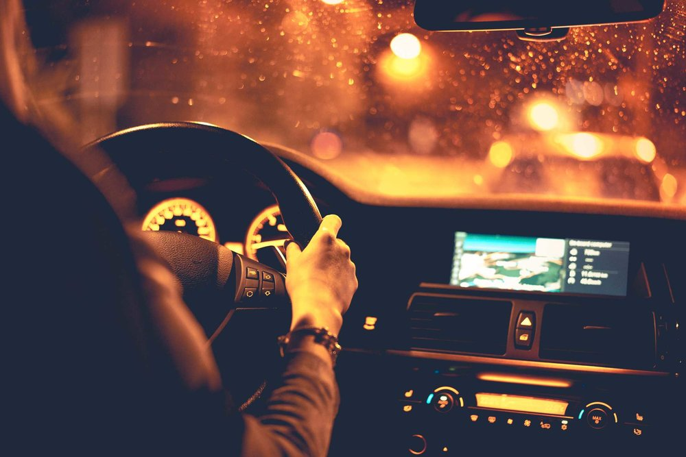 hands-driving-car-at-night.jpg