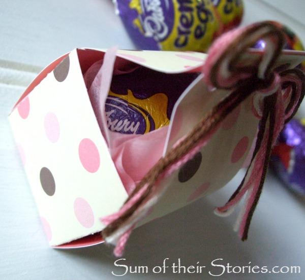 Easter egg in a mini gift box