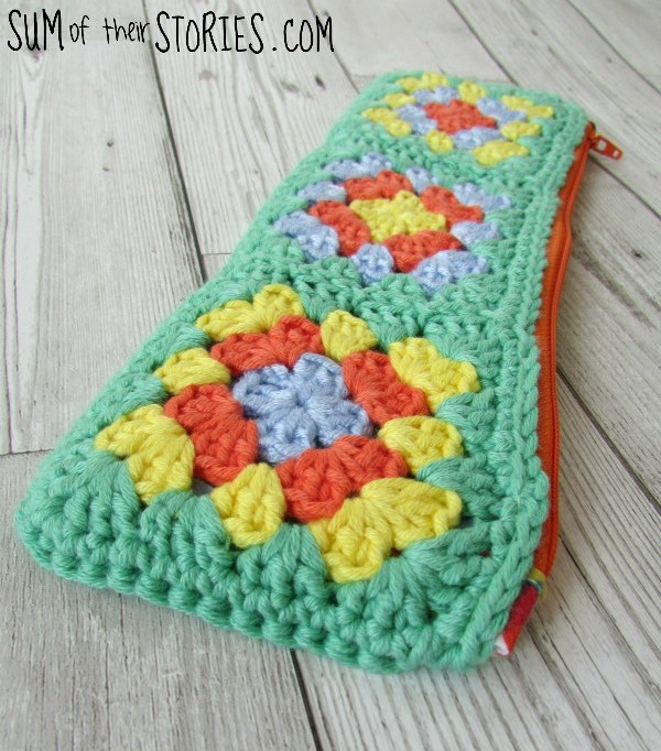 crochet pencil case.jpg