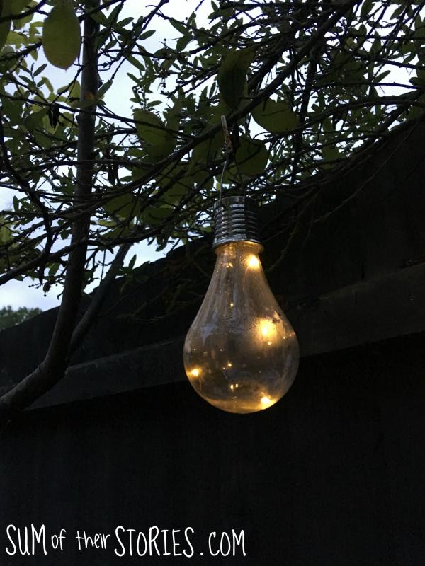 garden light.png