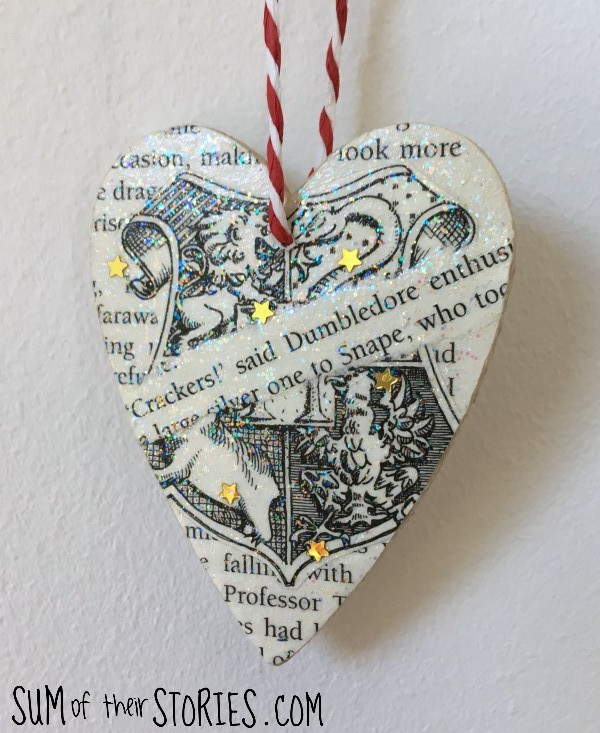 book page Christmas gift tag