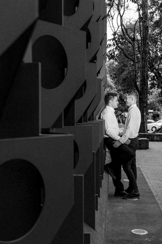 pareja de novios sesión de fotos