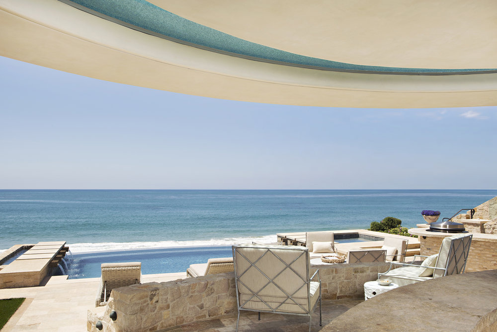 Strand Beach - Provence Beach House Infinity Pool by Oatman Architects