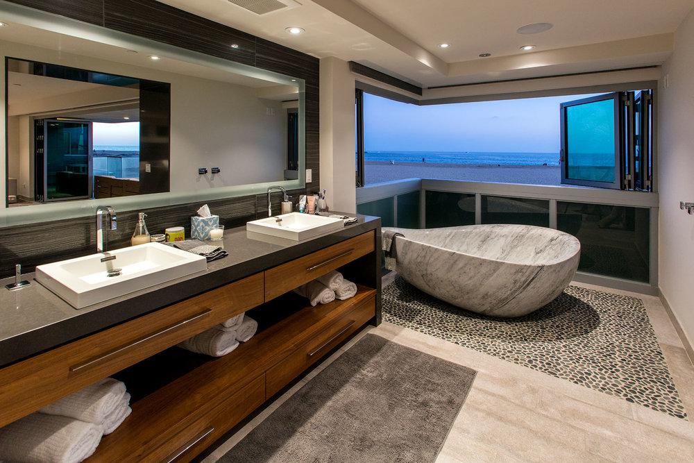 newport beach contemporary beach house bath.jpg