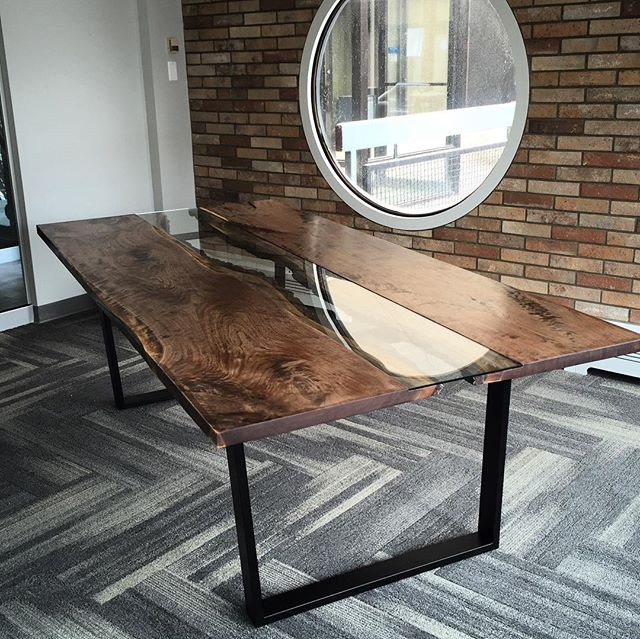 #tbt to the walnut live edge slab table I built about a year ago. This was a super time consuming but satisfying project. #crawfordcreates