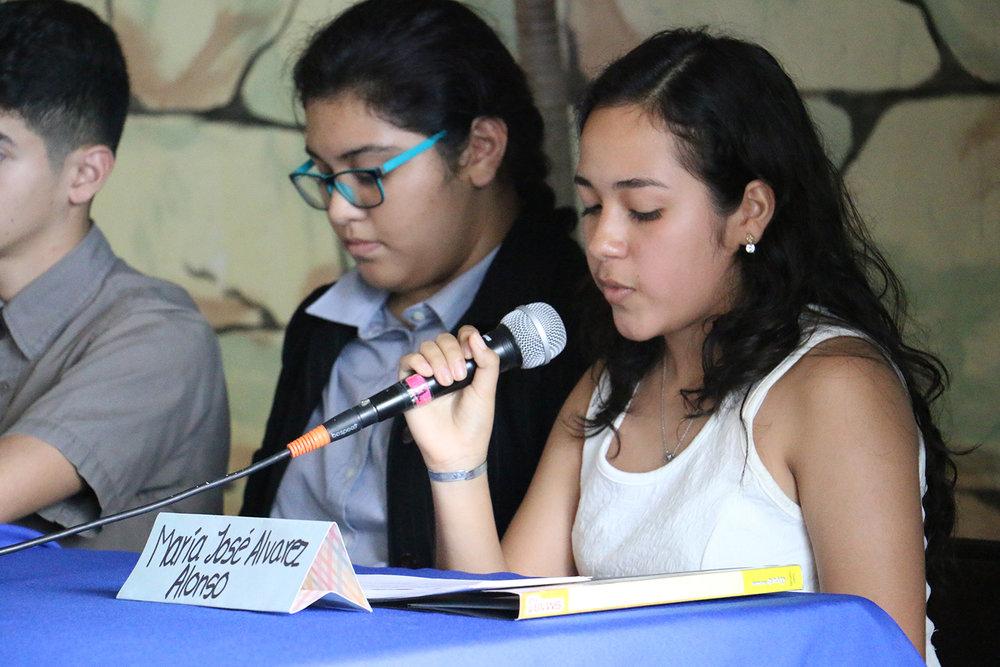 Con sus debidos argumentos los estudiantes defendieron sus posturas