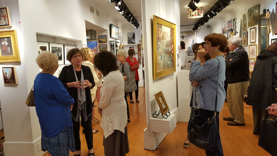 IAHS members attending the exhibit of Italian photos and paintings at Gallery Z