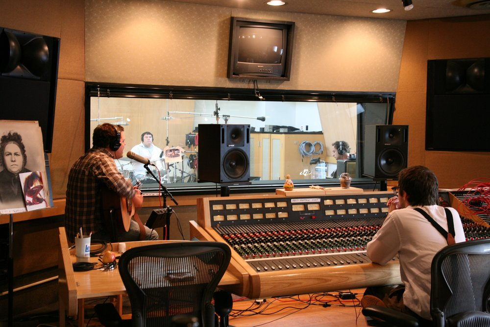 Tracking  Arrows  @ Engine Studios with Neil Strauch, 2010