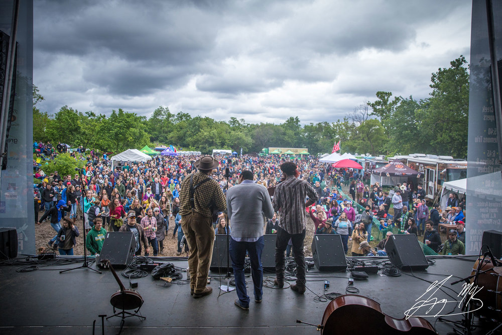 PHOTO: KINGMAN ISLAND BLUEGRASS & FOLK FESTIVAL