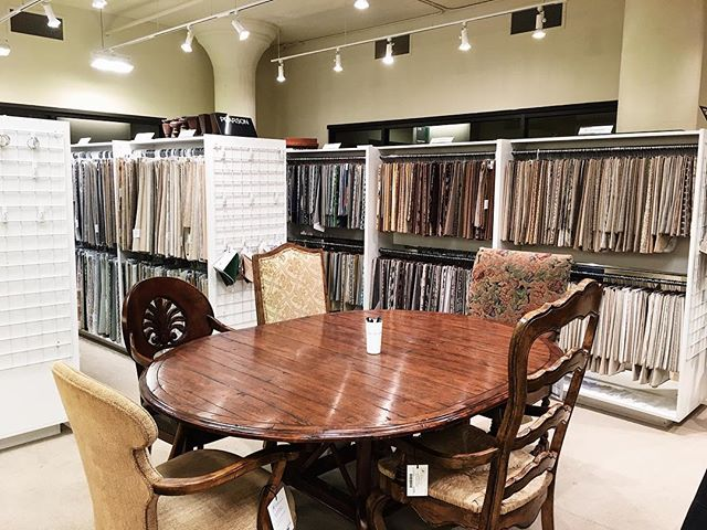 We've spruced up the workroom for the new year 🌟now it's easier to select fabrics, work with clients and create custom pieces - stop by and see us! #mplsinteriordesign #suite308