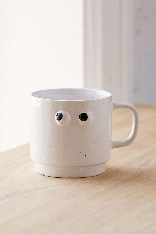 UO Googly Eye mug- $14 - For your friend that loves googly eyes- On my IG I asked what my first blog post should be and my friend kelly responded with this post so she gets this special shout out gift to her!