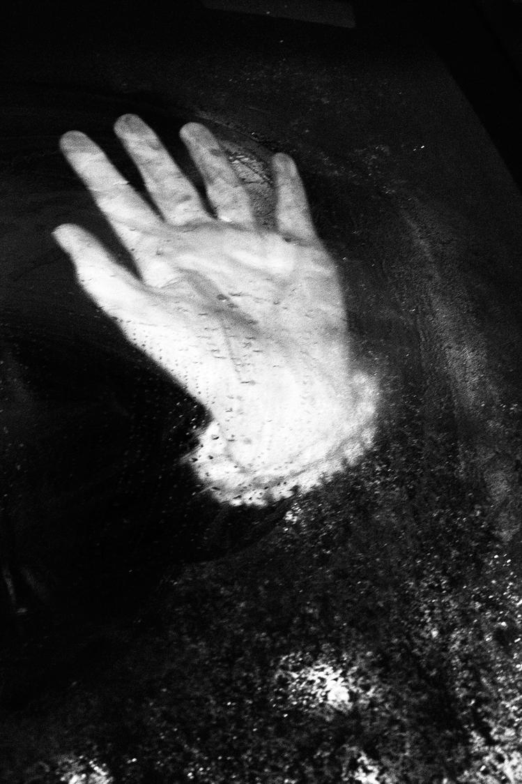 frozen-hand-by-ransom-ashley-.jpg