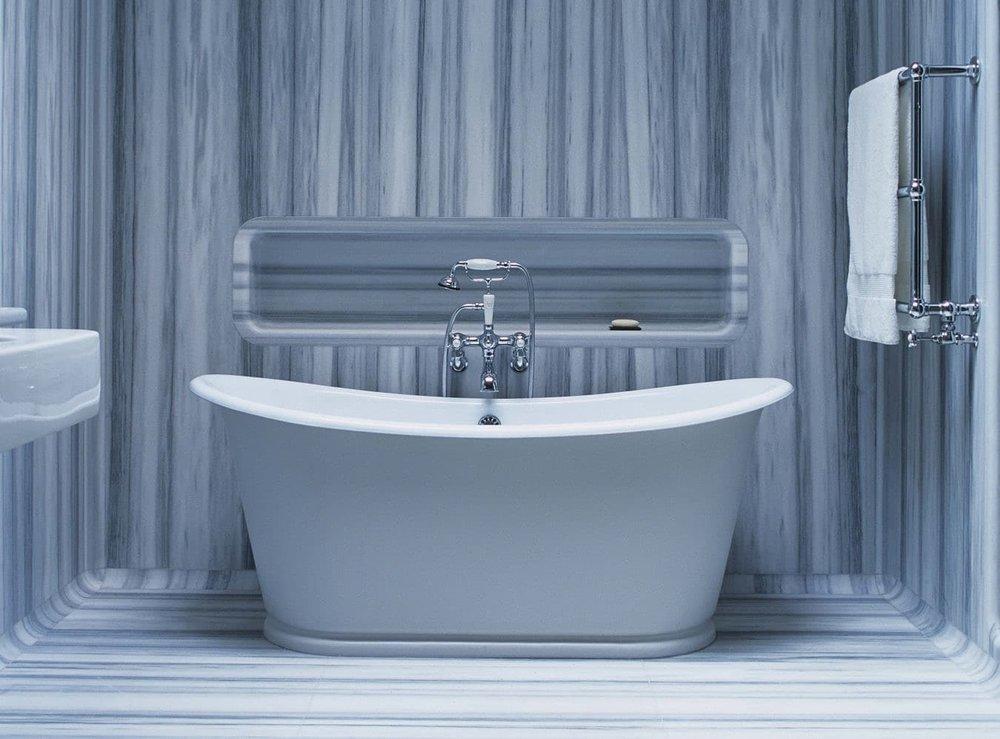 Mark-Newsons-bathroom-With-Towels-1350x997.jpg