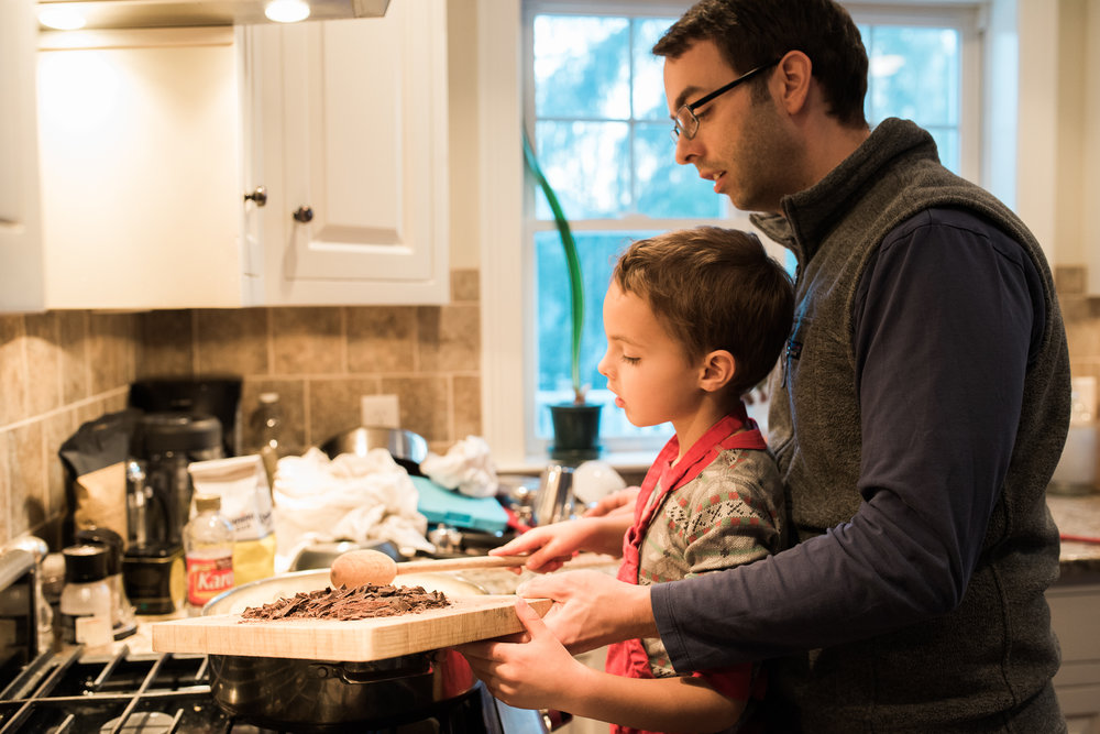 Lindsey Victoria Photography holiday traditions candy making Christmas Eve family lifestyle photographer Litchfield County, CT Brooklyn New York City baking with kids